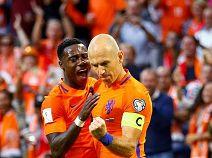 ฮอลแลนด์ 3 -1 บัลแกเรีย