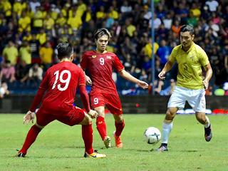 คิงส์คัพ : ทีมชาติไทย 0-1 เวียดนาม