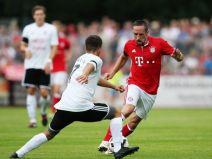 ลันด์ชุต (เยอรมัน) 0-3 บาเยิร์น มิวนิค (เยอรมัน)