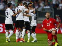เยอรมัน 7 - 0 ซานมารีโน