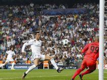 เรอัล มาดริด (สเปน) 3 - 0 อาโปเอล นิโคเซีย (ไซปรัส)