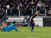 ยูเวนตุส (อิตาลี) 2 - 2 สเปอร์ส (อังกฤษ)