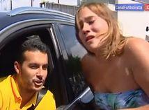 แฟนบอลสาวบาร์ซ่าร้องไห้โฮ!เปโดรไม่ปัดซบผี