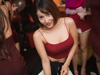 ชมภาพเด็ด ปาร์ตี้ลับส่งท้ายปีของสาว RUSH Sassy Club 2018